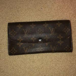 *NEW* Louis Vuitton wallet